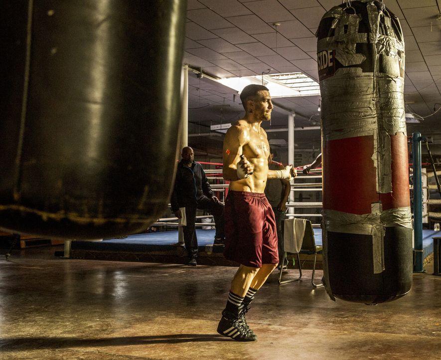 Seine Welt zerbricht, als eine Auseinandersetzung für einen geliebten Menschen tödlich endet. Findet der ehemalige Halbschwergewicht-Box-Champion Bi... - Bildquelle: Scott Garfield Tobis Film/   2014 The Weinstein Company. All Rights reserved.