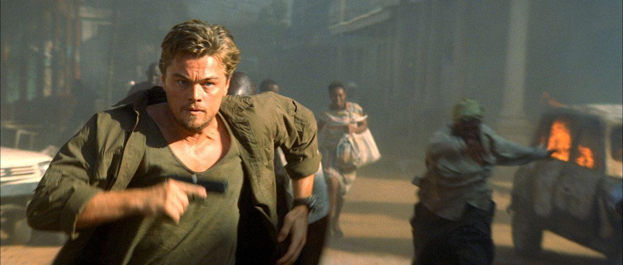 Gerät in die Wirren eines blutigen Bürgerkrieges: Ex-Söldner Danny Archer (Leonardo DiCaprio) ... - Bildquelle: Warner Bros.