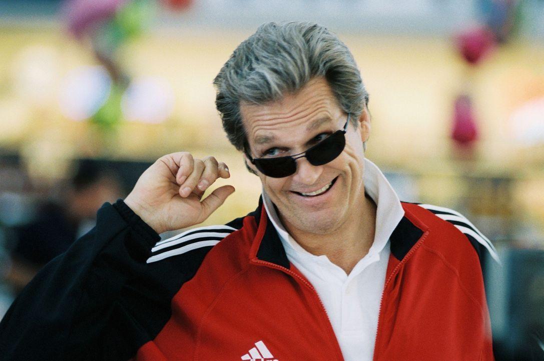 Der raubeinige Trainer Burt Vickerman (Jeff Bridges) erweist sich für die einst talentierte Turnerin Haley überraschend als loyalen Mentor. - Bildquelle: TOUCHSTONE PICTURES AND KALTENBACH PICTURES GmbH & Co. KG. ALL RIGHTS RESERVED.