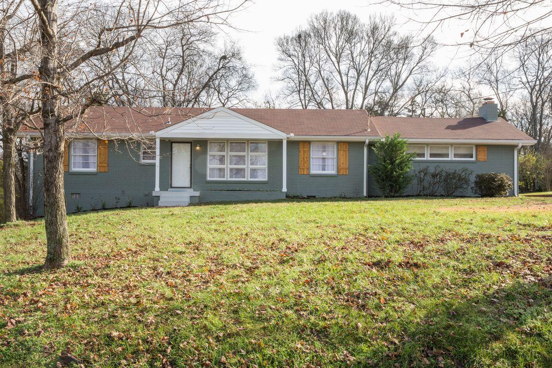 Das Haus der Familie Templeton würde ohne Renovierungen nur wenig Geld einbringen - zu wenig, um ein neues, besser passendes Haus zu finanzieren. Da... - Bildquelle: Matt Blair 2015,HGTV/Scripps Networks, LLC. All Rights Reserved