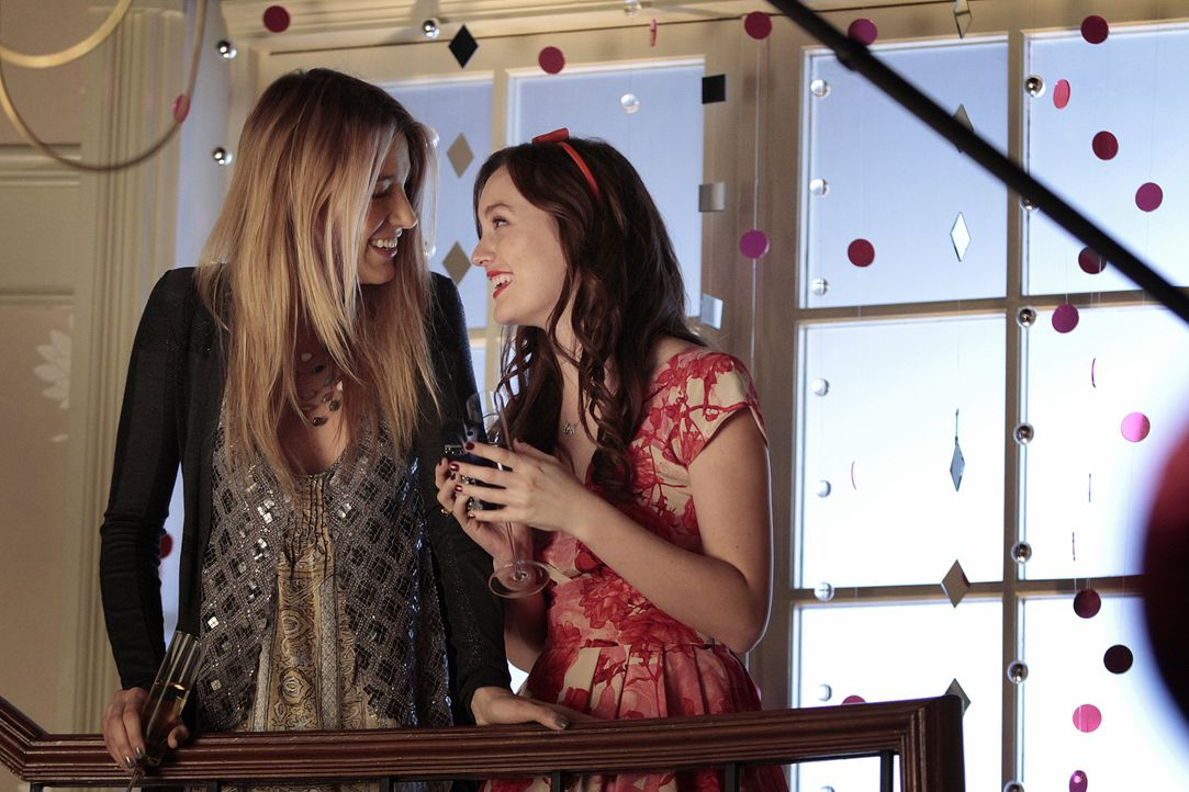 Serena und Blair - Bildquelle: Warner Bros. Entertainment Inc.