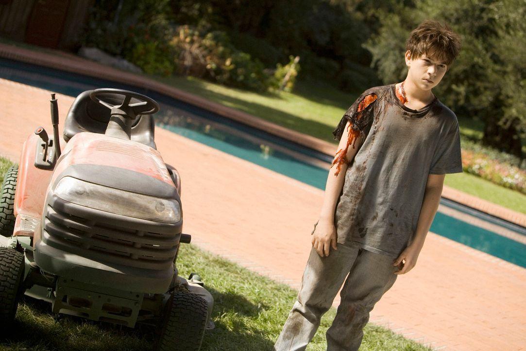 Der Geist von Josh (Wyatt Smith), der bei einem Unfall mit einem Rasenmäher ums Leben gekommen ist, treibt immer noch sein Unwesen ... - Bildquelle: ABC Studios