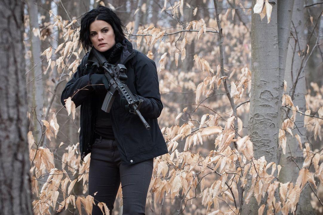 Nimmt einen Frauenmörder ins Visier: Jane (Jaimie Alexander) ... - Bildquelle: Warner Brothers