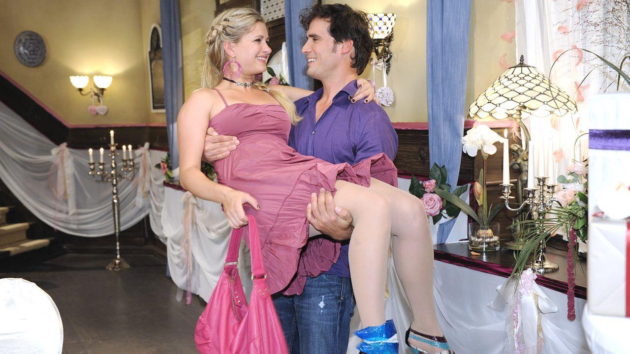 Anna-und-die-Liebe-Folge-312-01-Sat1-Claudius-Pflug - Bildquelle: SAT.1/Claudius Pflug