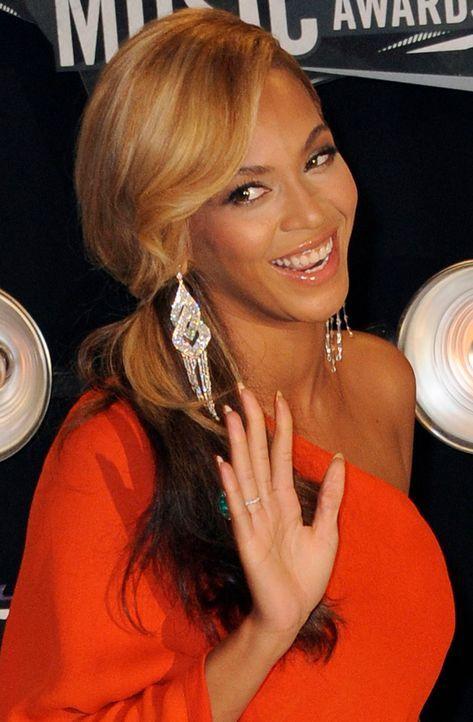 Beyonce-Knowles-11-08-28-dpa - Bildquelle: dpa