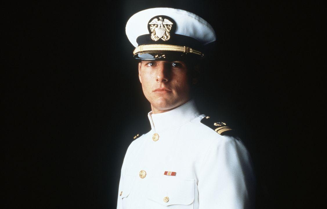 Obwohl Lt. Daniel Kaffee (Tom Cruise) ein brillanter Jurist ist, geht er gerne den Weg des geringsten Widerstandes. Deshalb wird er beauftragt, zwei... - Bildquelle: Columbia Pictures