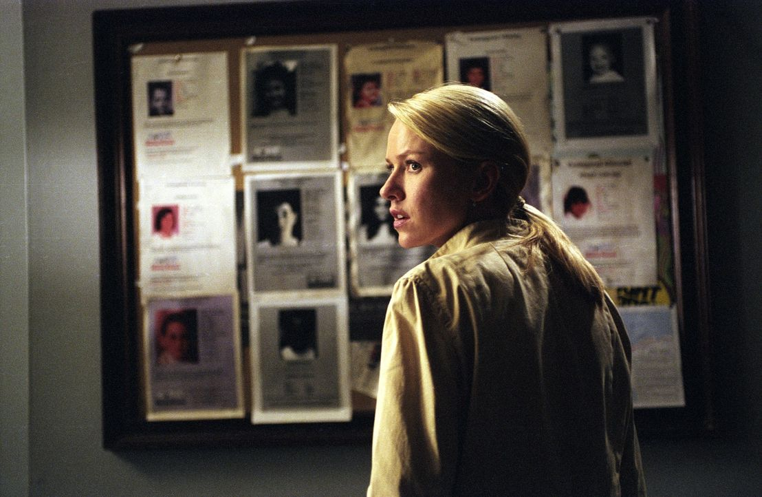 Rachel (Naomi Watts) versucht einen Neustart in dem Provinzort Astoria - doch Samara ist nicht weit ... - Bildquelle: DreamWorks SKG