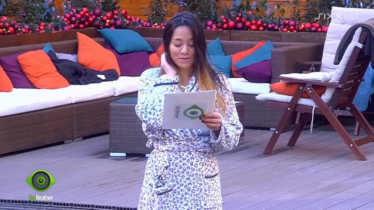 Maria liest Big Brothers Ansage vor - Bildquelle: sixx