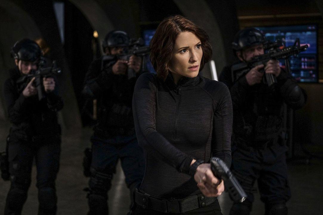 Alex (Chyler Leigh) tut alles, um ihre Schwester vor der neuen Feindin zu schützen, aber Mon-Els Mutter ist unberechenbar ... - Bildquelle: 2016 Warner Brothers