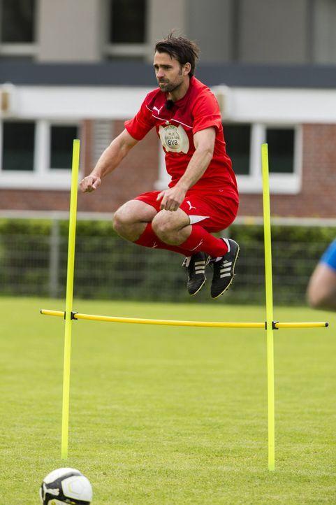 Hat Nicolas Kiefer eine Chance in die Startelf gegen den BVB zu kommen? - Bildquelle: Frank Dicks SAT.1