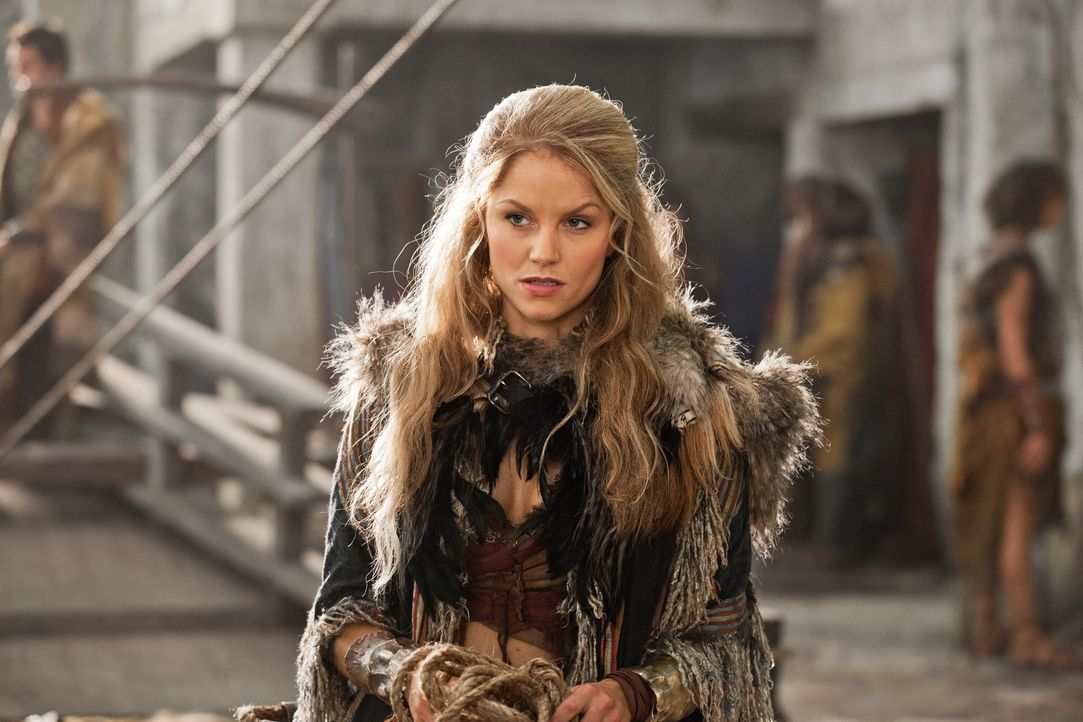 Steht Spartacus und Gannicus treu zur Seite: Saxa (Ellen Hollman) ... - Bildquelle: 2012 Starz Entertainment, LLC. All rights reserved.