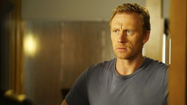 Die Neuigkeiten, die Owen (Kevin McKidd) erhält, bringen ihn völlig aus dem R...