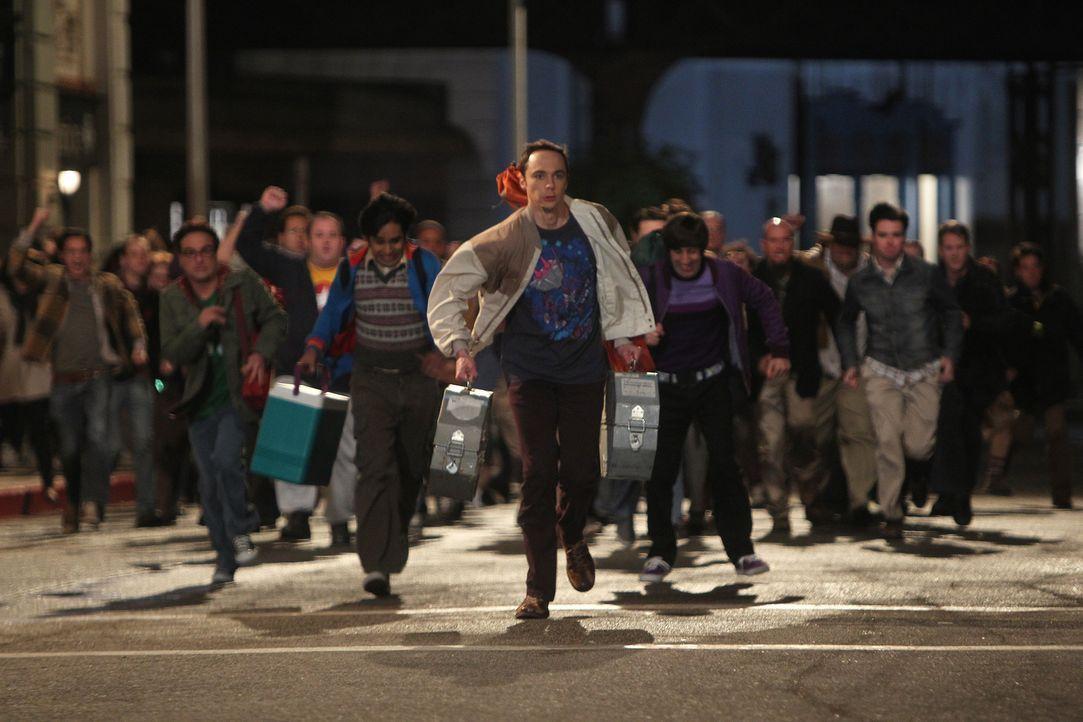 Nachdem Sheldon (Jim Parsons, vorne 2.v.r.), Raj (Kunal Nayyar, vorne 2.v.l.), Leonard (Johnny Galecki, vorne r.) und Howard (Simon Helberg, vorne l... - Bildquelle: Warner Bros. Television
