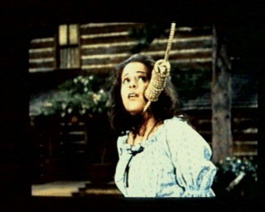 Marie (Louise Sorel) wurde von den Männern eines Wagenzuges in der Wildnis ausgesetzt, weil man sie für eine Hexe hält. Auf der Ponderosa-Ranch find... - Bildquelle: Paramount Pictures