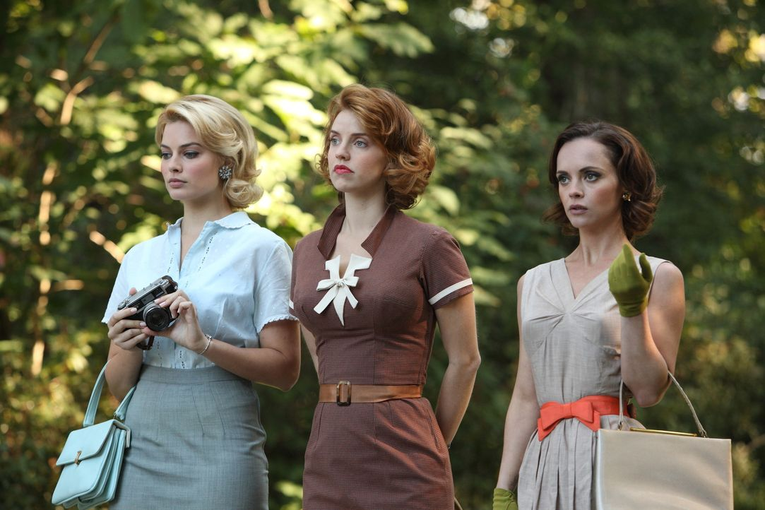 Jede der drei Frauen hat mit den eigenen, ganz privaten Problemen zu kämpfen: Laura (Margot Robbie, l.), Kate (Kelli Garner, M.) und Maggie (Christ... - Bildquelle: 2011 Sony Pictures Television Inc.  All Rights Reserved.