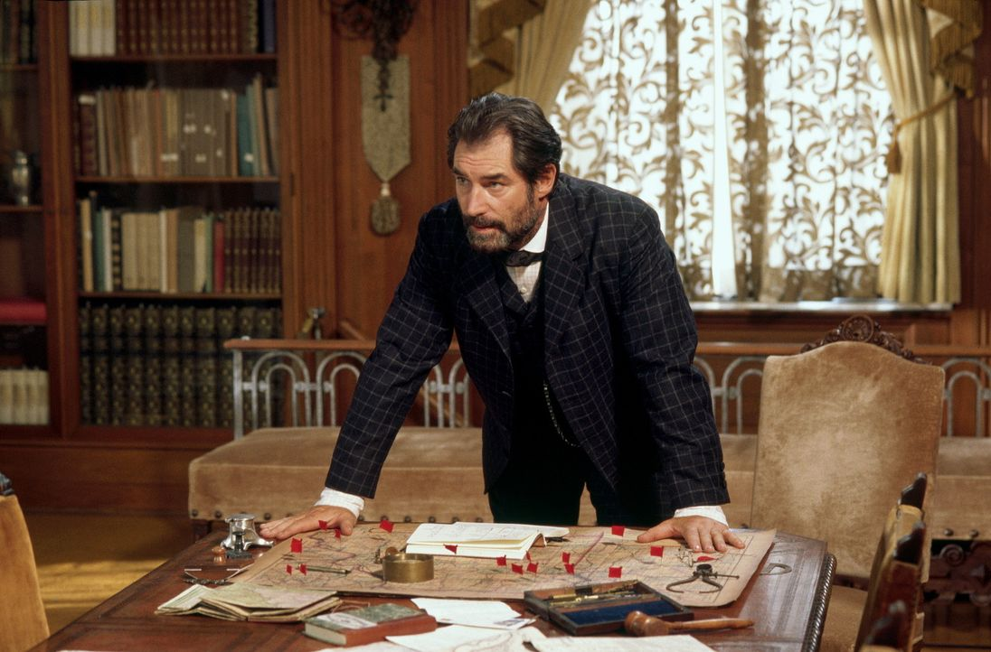 Der legendäre Detektiv Allan Pinkerton (Timothy Dalton) ist hinter der James-Younger-Gang her ... - Bildquelle: Warner Bros.
