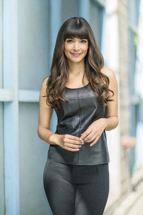 (4. Staffel) - Wagt Cece (Hannah Simone) den Schritt in eine neue Welt? - Bildquelle: 2014 Twentieth Century Fox Film Corporation. All rights reserved.