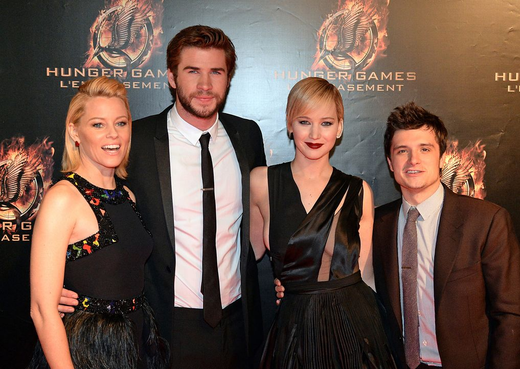 Hauptdarsteller-Catching-Fire-Premiere-Paris-13-11-15-AFP - Bildquelle: AFP ImageForum