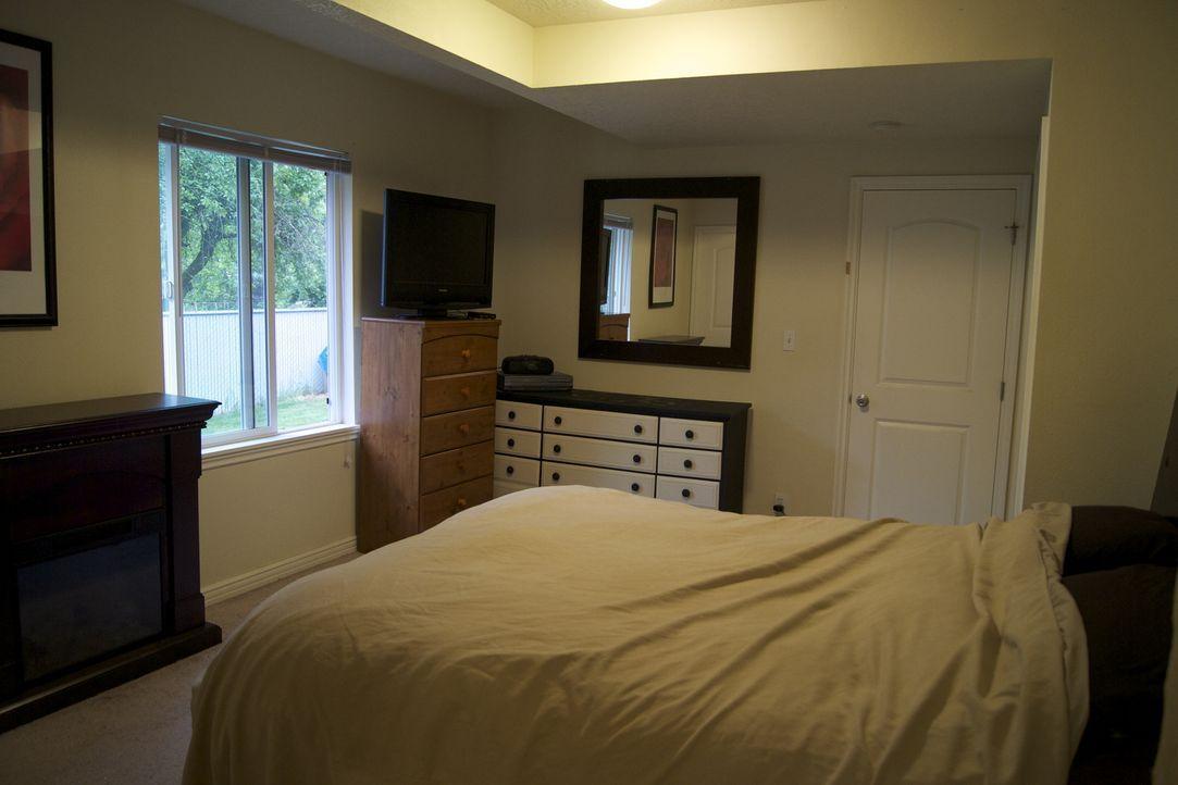 Aus diesem Raum möchte Josh was ganz Besonders zaubern. Doch wird Stefanie damit zufrieden sein? - Bildquelle: 2009, DIY Network/Scripps Networks, LLC