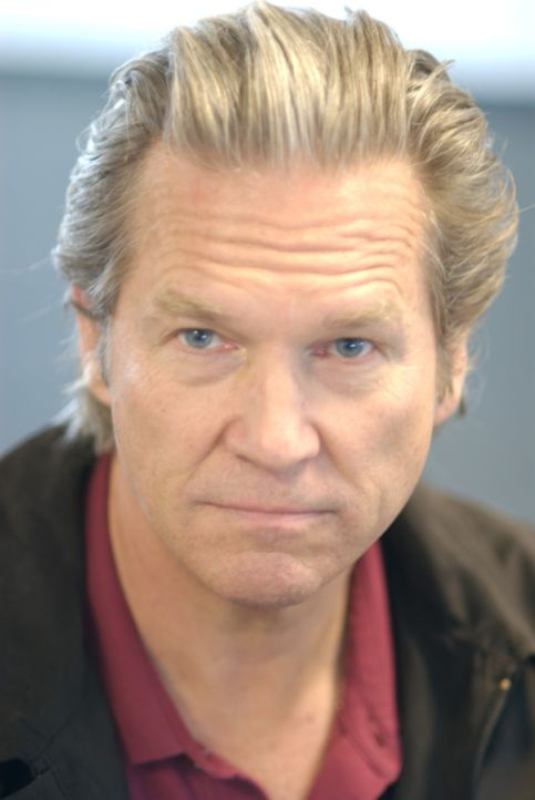 Muss sich nach vielen Jahren der Abwesenheit seinem kritischen Sohn stellen: Kyle (Jeff Bridges) ... - Bildquelle: 2008 BY OPEN ROAD INVESTMENTS, LLC. ALL RIGHTS RESERVED