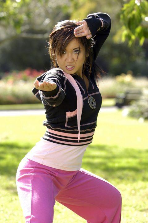 Bereitet sich auf den Kampf mit einem bösen Geist vor: Wendy Wu (Brenda Song) ... - Bildquelle: Buena Vista International Television