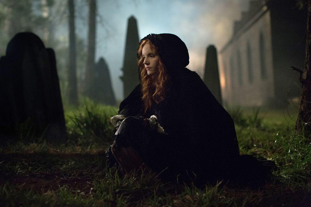 Anne (Tamzin Merchant) taucht immer tiefer in die dunkle Magie ein, was nicht ohne Folgen bleibt ... - Bildquelle: 2016-2017 Fox and its related entities.  All rights reserved.