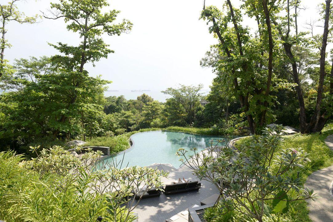 GNTM-Stf09-Epi01-Singapur-Poolshooting-26-ProSieben-Oliver-S - Bildquelle: ProSieben/Oliver S.