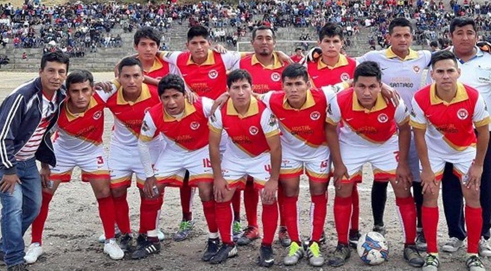 In Peru: Spieler wird während dem Spiel verhaftet - Bildquelle: Twitter/@FOXSportsArg
