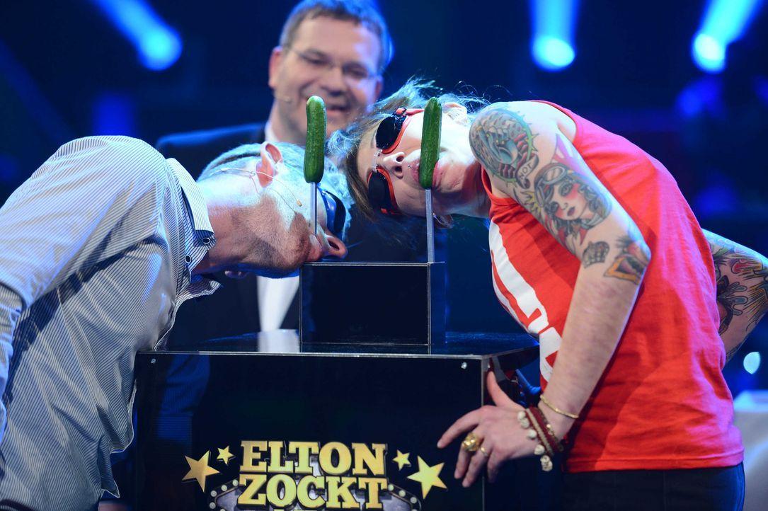 Elton-zockt-06 - Bildquelle: Foto: © ProSieben/Willi Weber