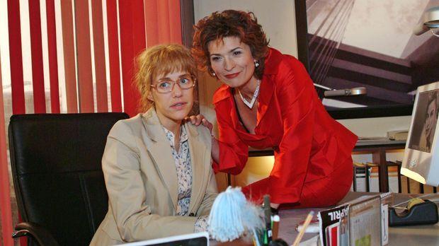 Sophie (Gabrielle Scharnitzky, r.) gelingt es, Lisas (Alexandra Neldel, l.) V...