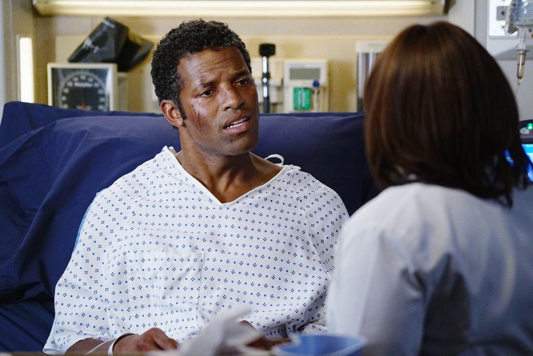 Während eine Patientin, die immer wieder ohnmächtig wird, den Ärzten gesteht, dass sie nur so tut als ob, weil sie ihren Freund nicht erträgt, mache... - Bildquelle: ABC Studios