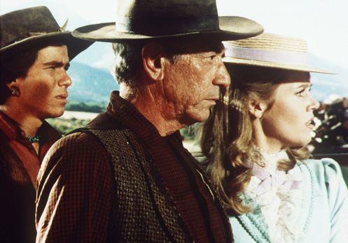 Cat Ballou - Hängen sollst du in Wyoming - Jackson Two Bears (Tom Nardini, l....