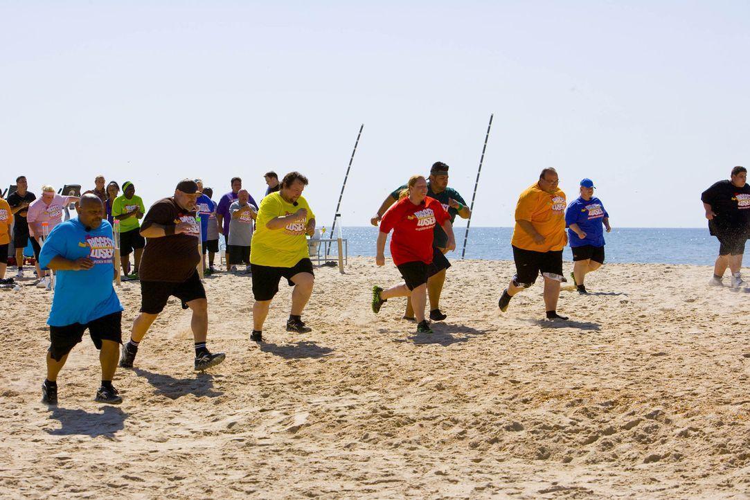 Zwischen den Kandidaten entbrennt ein Wettkampf um das Gewicht. Die Gewinner der Wettkämpfe dürfen sich über Bonuskilo freuen, während die Verlierer... - Bildquelle: Enrique Cano SAT.1