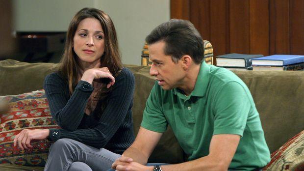 Nachdem sich Judith (Marin Hinkle, l.) von ihrem Freund getrennt hat, hofft A...