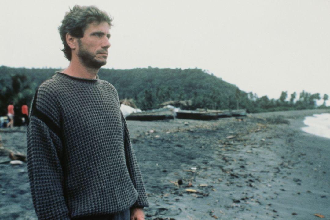 Der Unbekannte (Jürgen Prochnow) sieht das Ende der Welt kommen ... - Bildquelle: TriStar Pictures