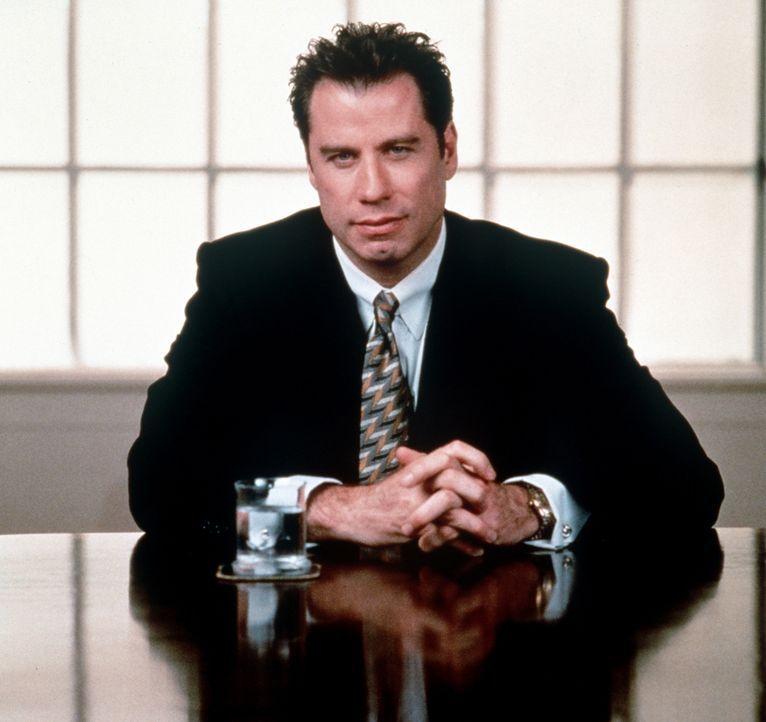 Aus Gründen der Reputation lässt sich der blasierte Anwalt Jan Schlichtmann (John Travolta) auf einen komplizierten Fall ein. Doch dann wird Schli... - Bildquelle: Paramount Pictures