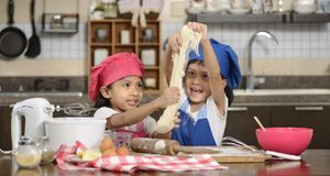 Silvesteressen_2015_12_14_Silvesteressen mit Kindern_Bild 2_fotolia_Leo Lintang