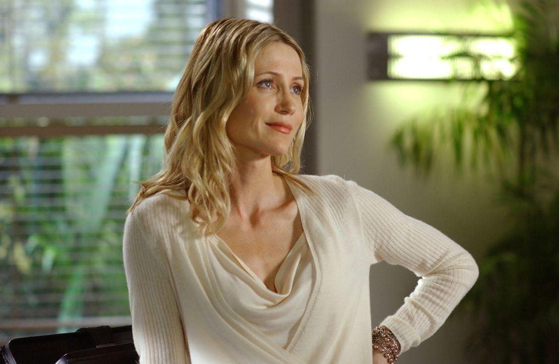 Nach einer Enttäuschung begeht Kirsten (Kelly Rowan) einen großen Fehler ... - Bildquelle: Warner Bros. Television
