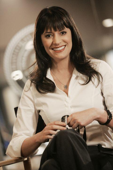 (4. Staffel) - Gemeinsam mit ihren Kollegen bringt Emily Prentiss (Paget Brewster) jeden Serientäter zur Strecke ... - Bildquelle: Touchstone Television
