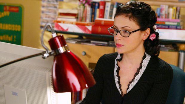 Phoebe (Alyssa Milano) hat von ihrem neuen Boss Jason Dean den Auftrag bekomm...
