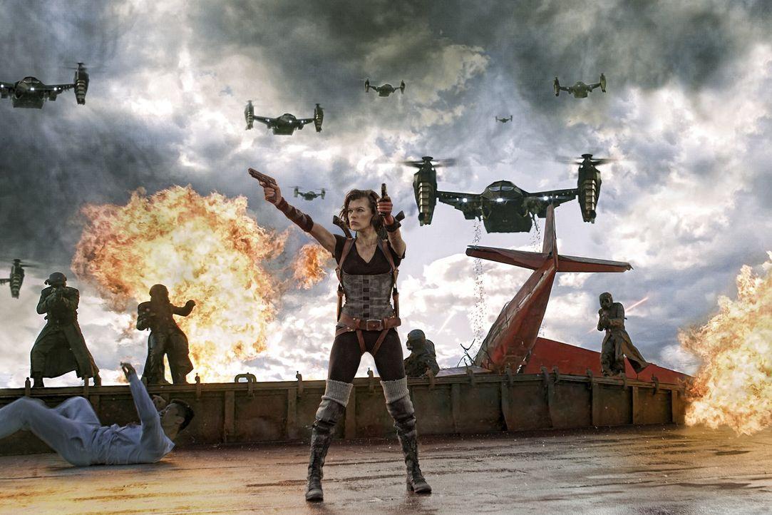 Macht dem Bösen das Leben verdammt schwer: Alice (Milla Jovovich) ... - Bildquelle: 2011Davis Films/Impact Pictures (RE5) Inc. and Constantin Film International GmbH.