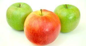 Viel frisches Obst fördert den Aufbau von gesundem Bindegewebe.