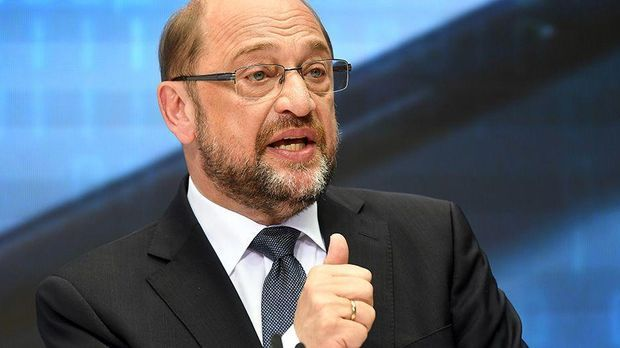 Schulz verteidigt Zukunftsplan gegen Kritik