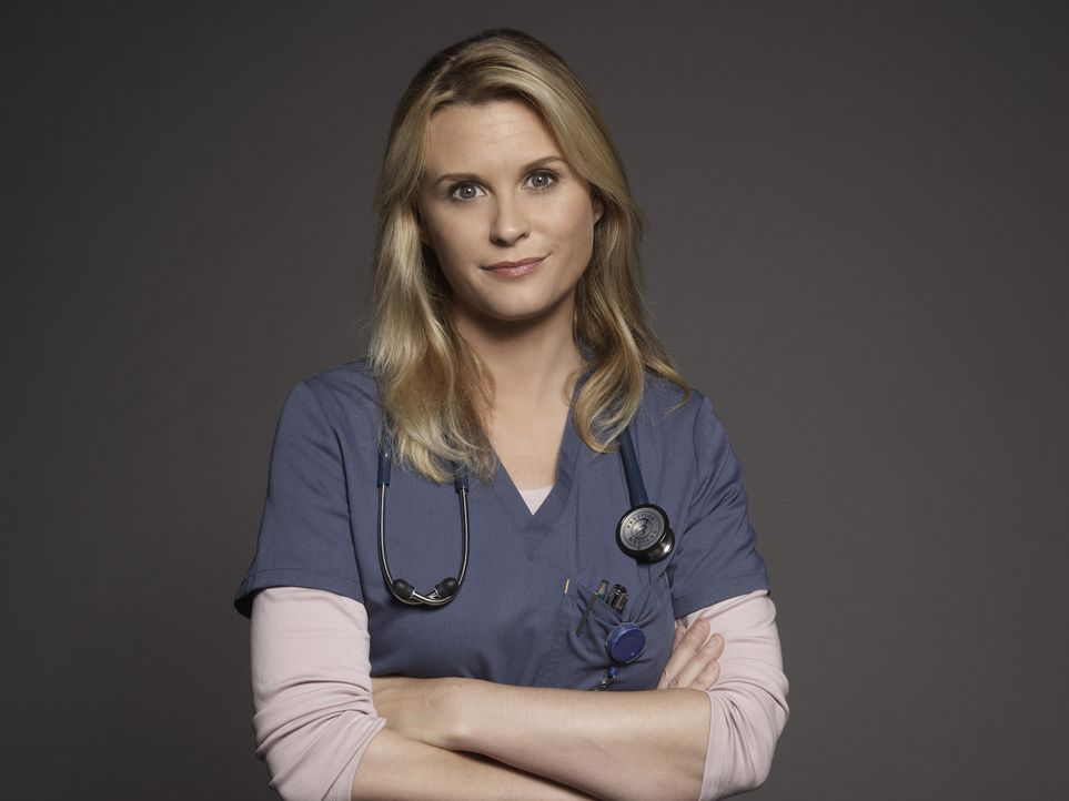 (1. Staffel) - Als ihr Sohn stirbt und ihr Mann sie verlässt, entschließt sich Christa (Bonnie Somerville), Ärztin zu werden ... - Bildquelle: Kurt Iswarienkio 2015 ABC Studios
