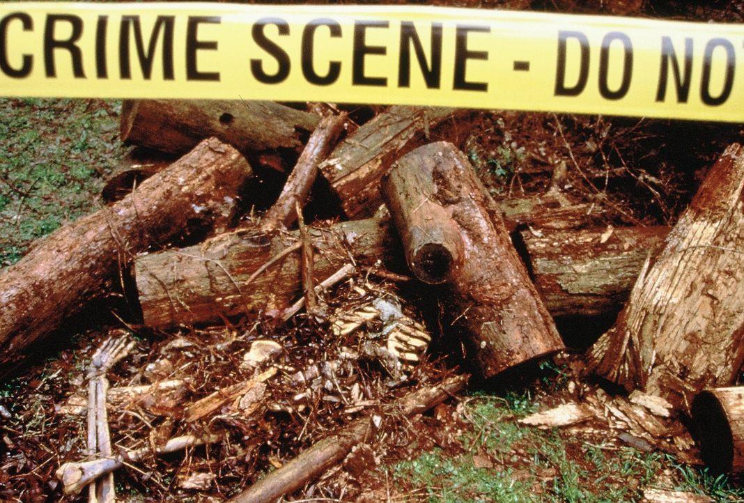 Im Februar 1990 verschwindet in Texas eine 14-Jährige spurlos. Ein halbes Jahr später hat ihre Mutter traurige Gewissheit: Die sterblichen Überreste... - Bildquelle: Randy Jacobson New Dominion Pictures, LLC