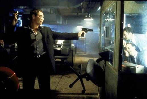 Knock Off - Ein Streiter für Recht und Ordnung: Marcus (Jean-Claude van Damme...
