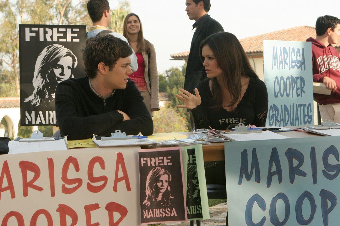Die Weihnachtsferien sind vorbei, und Summer (Rachel Bilson) ist von der Idee besessen, es irgendwie zu schaffen, dass Marissa wieder auf die Harbor... - Bildquelle: Warner Bros. Television