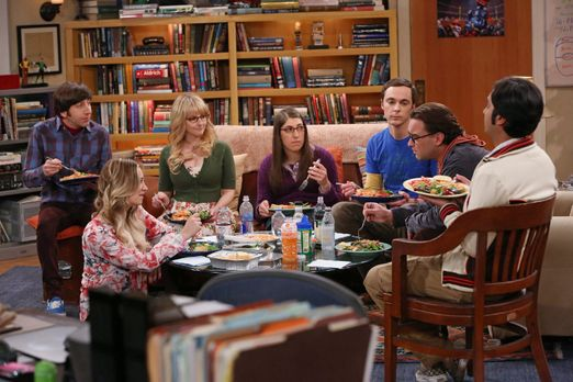 The Big Bang Theory - Die Freunde Bernadette (Melissa Rauch, 3.v.l.), Howard...