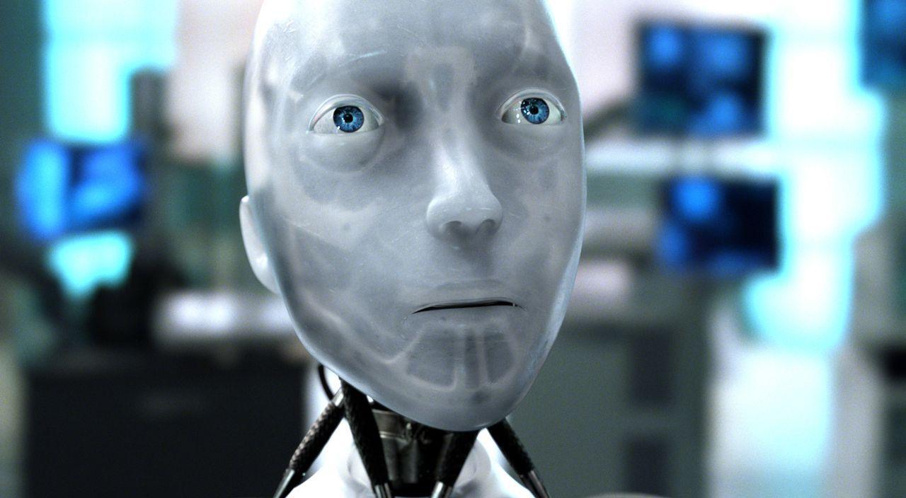 Noch weiß niemand, dass Roboter Sonny neben einer logisch agierenden Einheit auch eine für Emotionen besitzt und nicht an den Zentralcomputer angesc... - Bildquelle: 2004 Twentieth Century Fox Film Corporation. All rights reserved.
