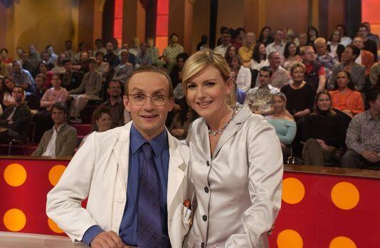 CLEVER - Die Show, die Wissen schafft - Barbara Eligmann (r.) und Wigald Boni...
